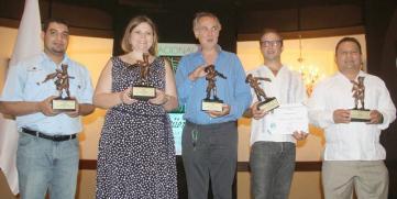 """Ganadores de la IX Edición """"Premio Nacional Güegüense a la excelencia Turistica 2013 – 2014″"""