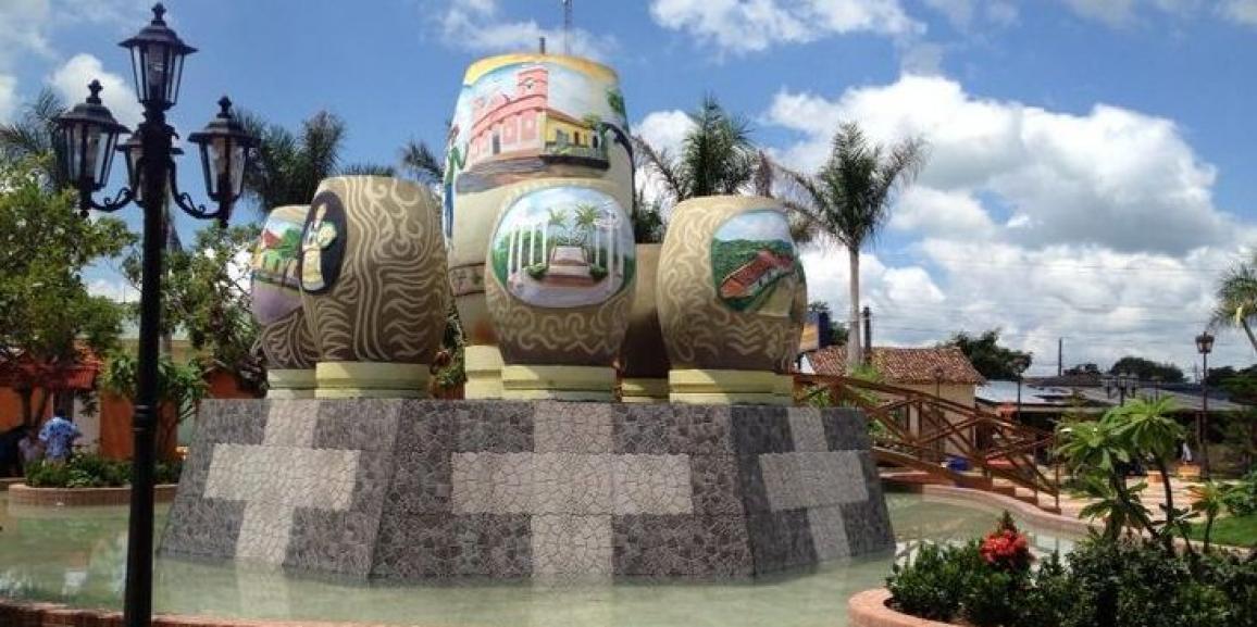 Nagarote celebran fiestas patronales con tope de Santos