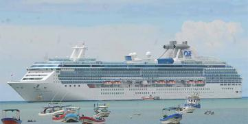 Cruceristas interesados en las playas del pacífico de Nicaragua