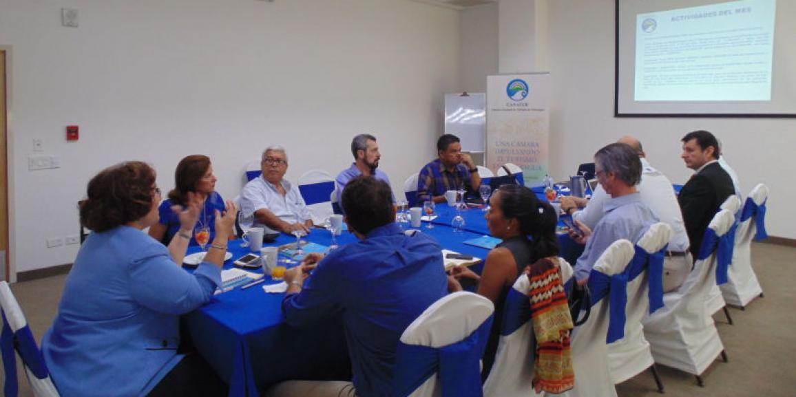 CANATUR, efectúa sesión de trabajo con Policía Nacional