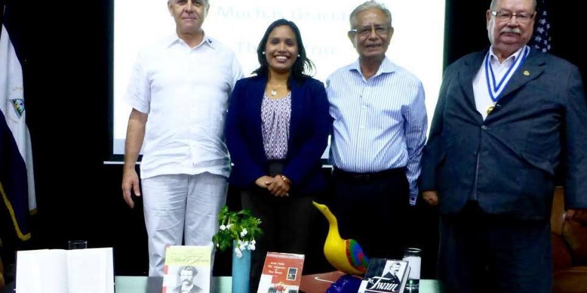 Conversatorio y Exposición El regreso de Mark Twain en Nicaragua