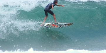 Nicaragua se monta a las Olas del Surf